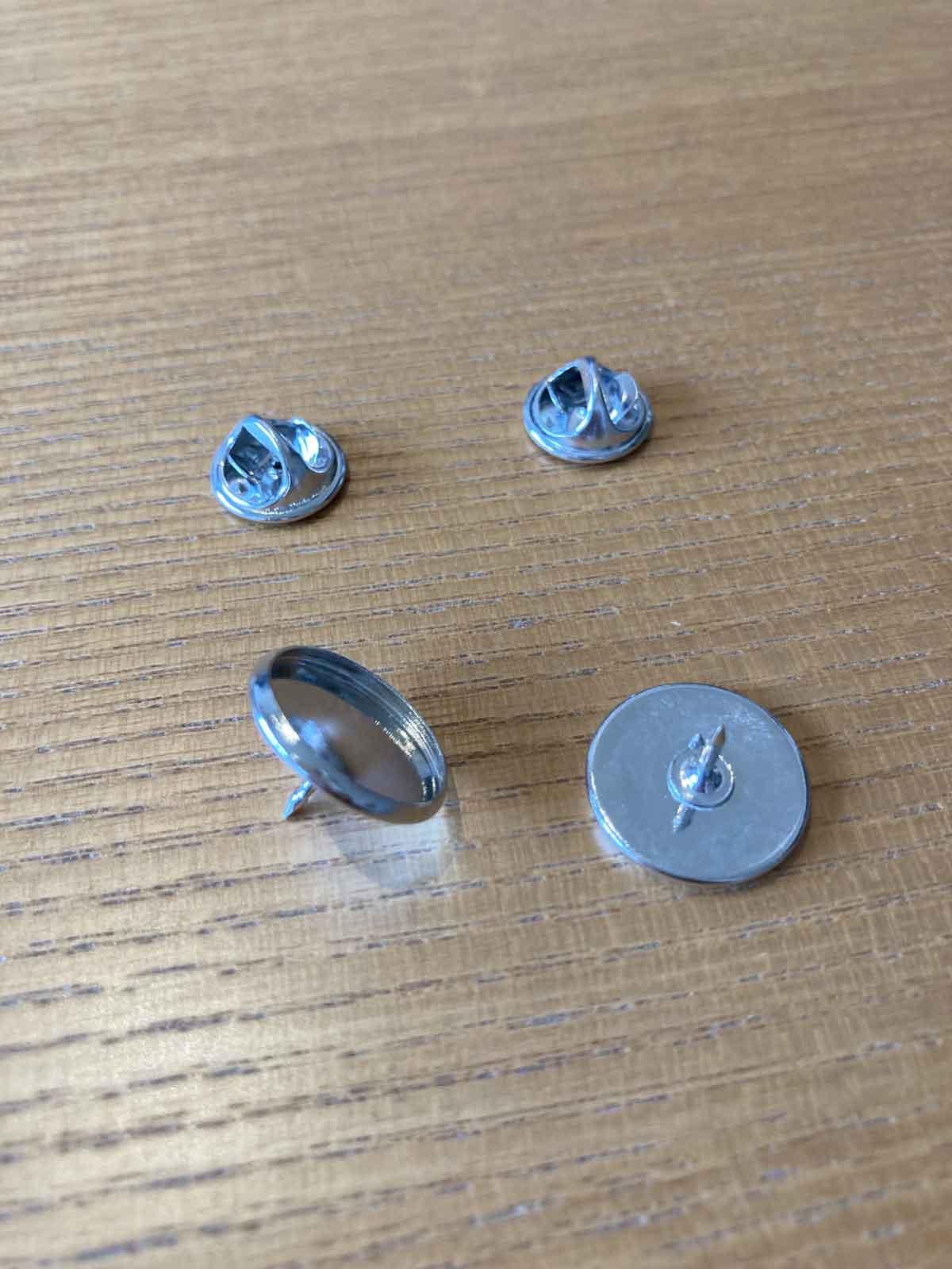 布に磁石を付け外しできるピン付き耐水マグネットを作る