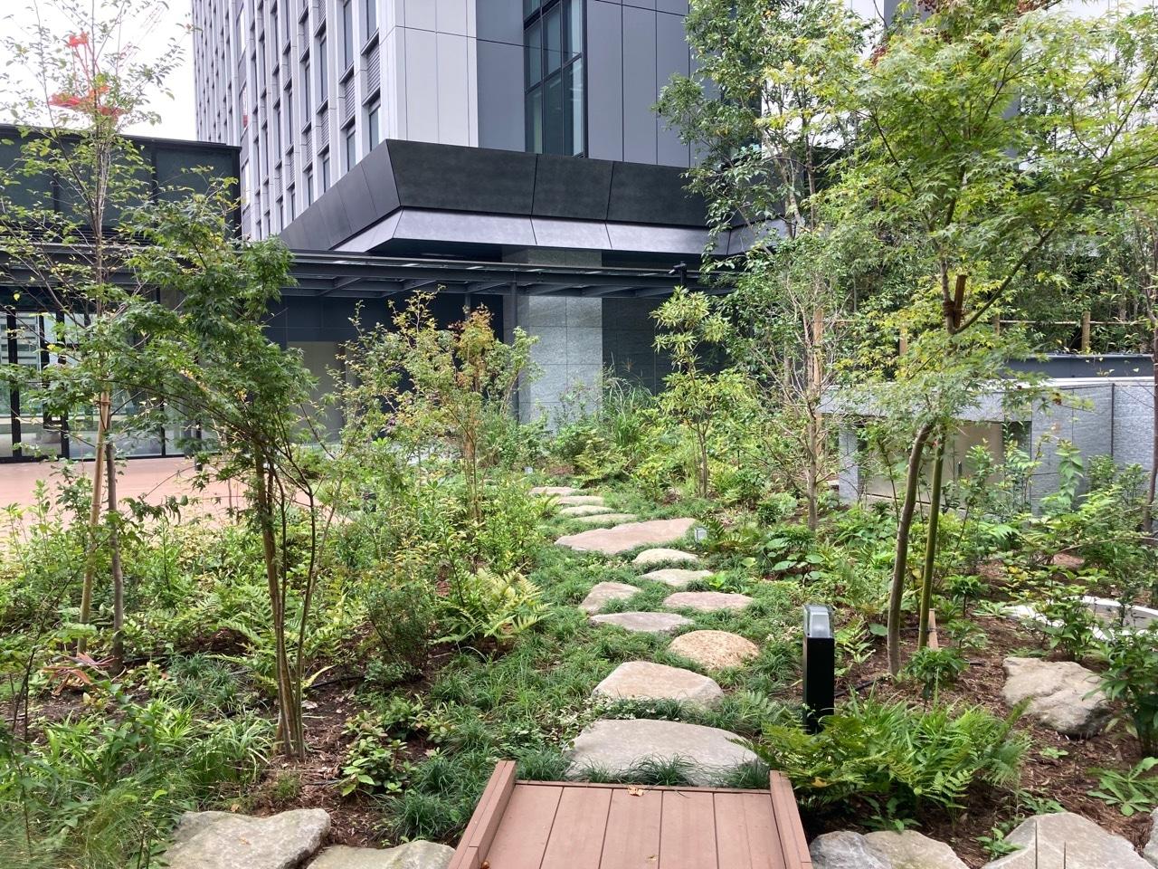 神谷町トラストタワー庭園