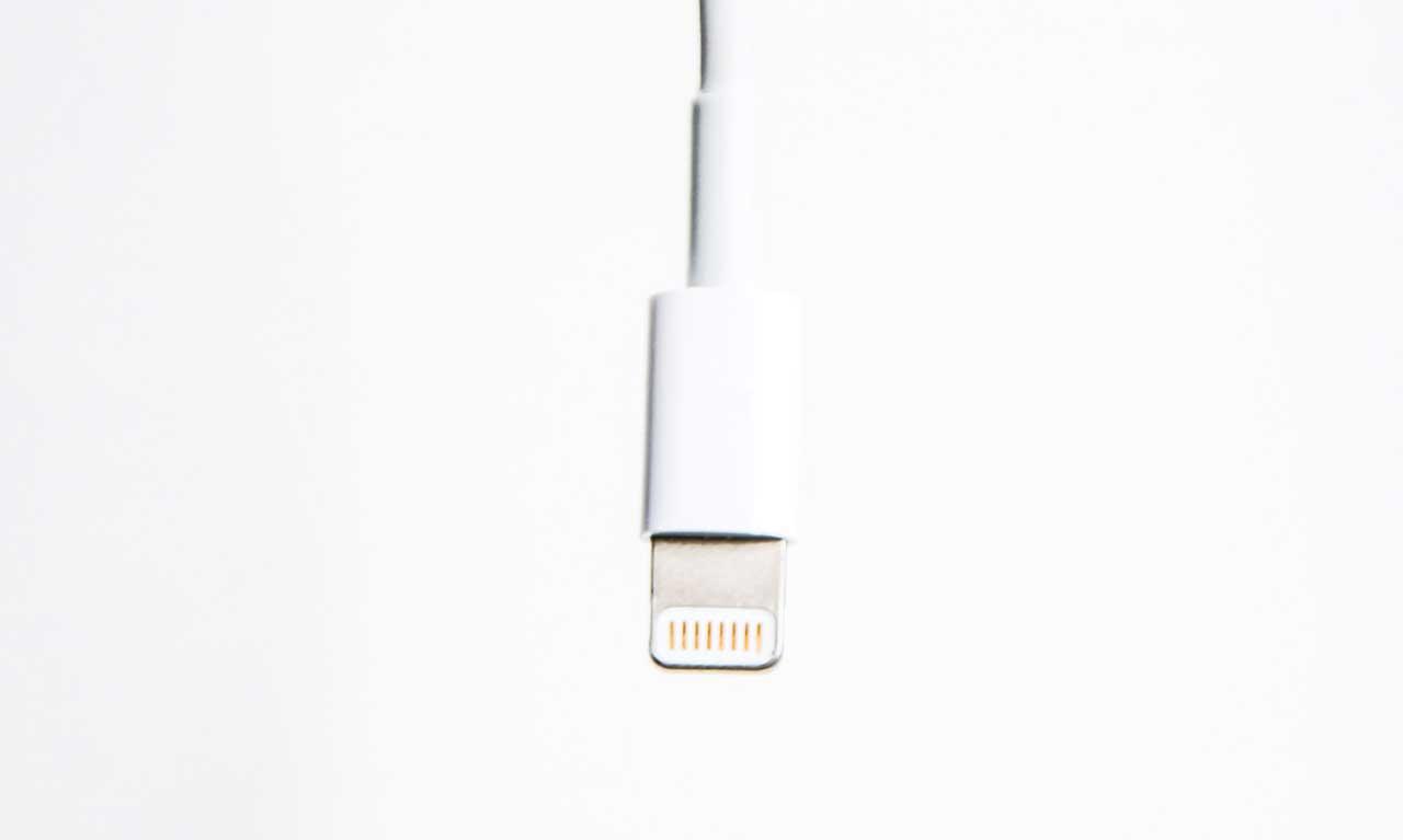 MacBookとiPhone 他社ケーブルの選び方早見一覧表